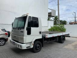 Ford Cargo 712 2007 Guincho