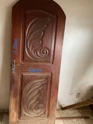 Porta de Madeira Maciça (Mogno)