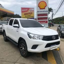 Toyota Hilux CD 2.8 4x4 2018