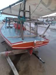 Vende bote com lincenca de 4 tripulante.