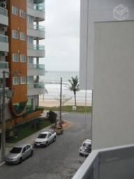 Apartamento 2 quartos com ar na quadra do mar