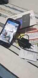 Asus Zenfone Selfie usado na caixa