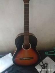Vendo violão Giannini conservado retirada no Icaraí ZAP de contato *