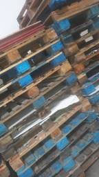 Vendo paletes pra reposição de material  paletes reforçados