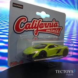 Miniatura Mclaren 675gt Coupe - California Minis 1/64