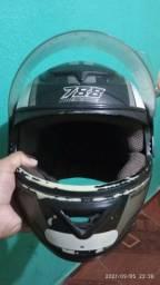 Título do anúncio: Vendo capacete