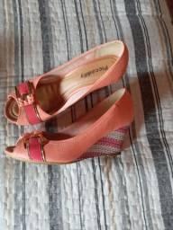 Sapatos seminovos
