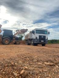 Locação de máquinas caminhão caçamba