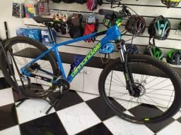 Bicicleta Cannondale trail six aro 29