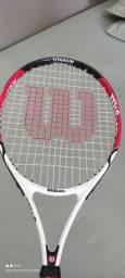 Vendo raquete de tênis Wilson para criança nr 23