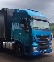 Iveco Stralis 600S44T 6X2, ano 2018 engatado carreta sider librelato 2018.