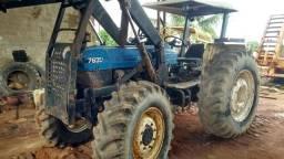 Trator de pneu 7630 New Holland