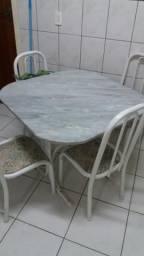 Mesa de Cozinha 4 lugares