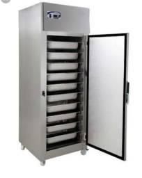 Geladeira estufa refrigerada