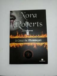 Livro Nora Roberts- A cruz de morrigan
