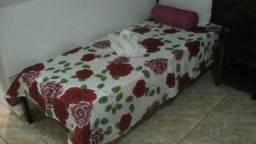 Baixei pra Acabar * camas de solteiro ( Madeira Maciça ) . Estrado tb madeira maciça