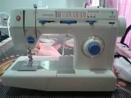 Maquina de costura Singer Facilita Pro