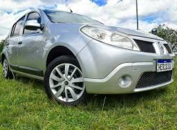 Renault Sandero 1.6 8v 5p GNV - 2011