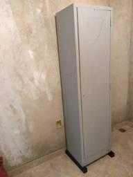 Armário de aço 1 porta 50,00 Taguara T. 998559720