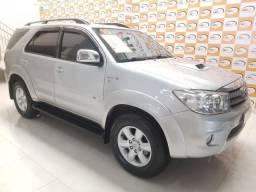 Toyota Hilux SW4 3.0 aut - 2010