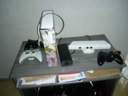Vendo xbox 360's console