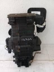 Caixa Ar Condicionado Versa 2014.Original semi Nova