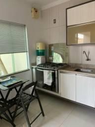 Casa no bairro Pe Cícero com 3 quartos, sendo uma suíte // com móveis planejados