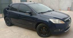 Focus Hatch Titanium 11/12 manual - 2012