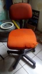 Cadeira de rodinhas para escritório