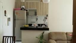 Condomínio sun Gardem 2/4 primeiro andar com ar e armários embutidosl