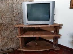 Tv e móvel
