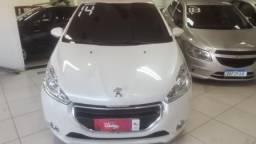 Peugeot 208 2014 - Entrada + 48x de R$ 789,00 - 2014