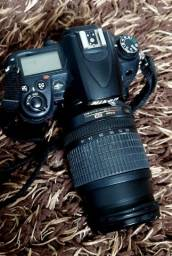 Camera profissional Nikon D7000