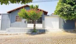 Casa 03 quartos, Av. João Paulo
