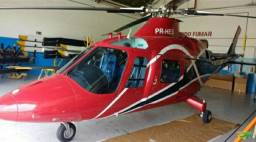 Helicóptero Augusta 109 K2
