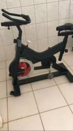 Equipamentos de Musculação e Bikes Spinning Oportunidade