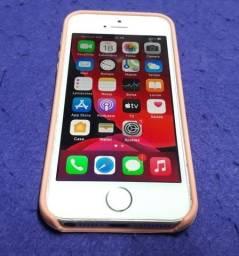 Título do anúncio: iPhone SE 16 Gb Ouro Rosa Usado Com Capinha De Proteção