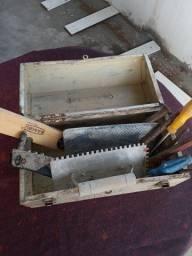 Título do anúncio: Maleta de ferramentas de ferro com ferramentas.