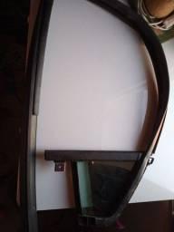 Vidro porta traseira lado direito jetta