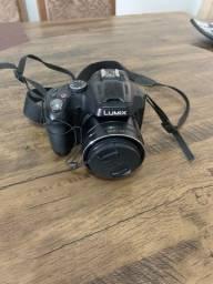 Panasonic Lumix DMC - FZ70 + case Logic + tripé sony
