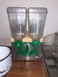 Refresqueira, estufa e fritadeira elétrica