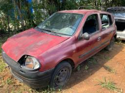 Clio sucata