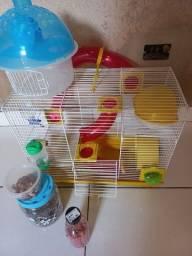 Casa de hamster e caixa de trasporte