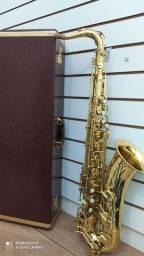 Sax tenor shelter revisado (com um super estojo fama super luxo)