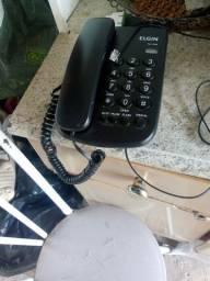 Telefone. Novo.