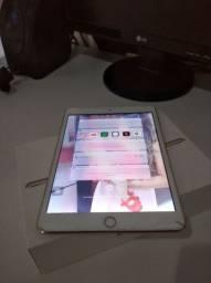 Vendo iPad 3 mini em estado de zero