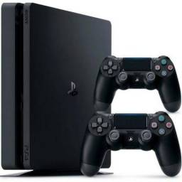 PS4 Slim 500GB - 2 Controles