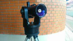 Aeromodelo por telescópio