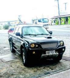 L200 sport hpe 4 x 4 aut - 2004