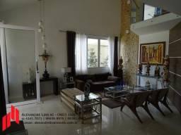 Condomínio Jardim Petrópolis I, Excelente Casa com 6/4, Nascente e 390 m²
